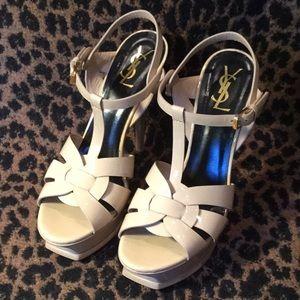 Yves Saint Laurent nude patent leather heels